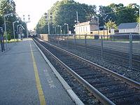 Train approaching Allendale.jpg