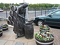 Tribute to the Herring Girls - geograph.org.uk - 1359543.jpg