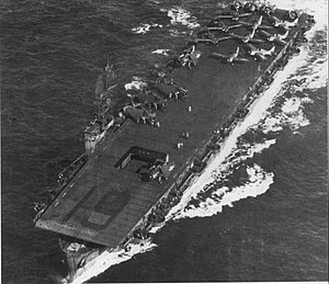 USS Manila Bay (CVE-61) underway whilst operating as an attack carrier in the Pacific, circa 1944.
