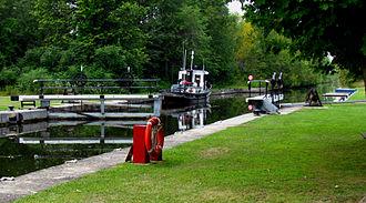 Tay Canal - Upper Beveridges Lock