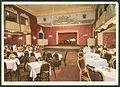 Uvachrom München PC 06605 Bildseite Rote Mühle Tanzpalast und Kabarett, Besitzer Heinrich Langwost, Hannover Schillerstraße 40, Blick durch den Saal zur Bühne.jpg