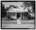 VIEW OF EAST FRONT, FACING WEST - 2008 North Lamar Avenue (House), 2008 North Lamar Avenue, Tampa, Hillsborough County, FL HABS FL-554-1.tif