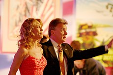 Vanna White and Pat Sajak, 2006 edit.jpg