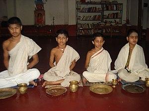 Sandhyavandanam - Veda pathashala students doing sandhya vandanam at Nachiyar Kovil, Kumbakonam, Tamil Nadu