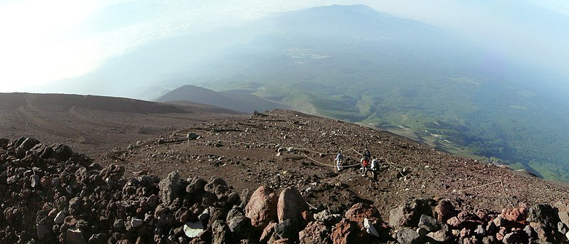View from fuji mountain south slope crop.jpg