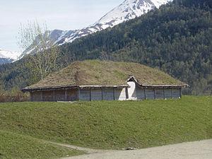 Isfjorden (village) - Image: Vikinghouse Isfjorden Norway