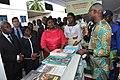 Visite de Stands lors de l'Ouverture de la journée portes ouvertes de la Banque mondiale au Bénin BM (4)BM (2).jpg