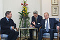 Vladimir Putin in Greece 6-9 December 2001-18.jpg