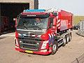 Volvo FM, Unit 17-1381 & Unit 17-1362, Gezamenlijke Brandweer Kazerne Prinses Máximaweg pic1.JPG