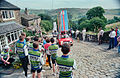 Waiting for the race (15377510045).jpg