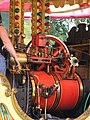 Walker centre engine, chair-o-plane, Hollycombe, Liphook 3.8.2004 P8030091 (10354286803).jpg