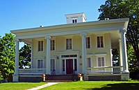 Walter Brewster House.jpg