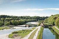 Wehranlage Grosshesselohe Kanal.jpg