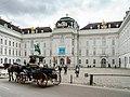 Wien Hofburg Nationalbibliothek-01.jpg