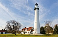 Wind Point Lighthouse 071104.jpg