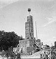 Zoltan Gerenčer - gradnja spomenika zmage v Murski Soboti 1945 (8).jpg