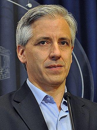 Álvaro García Linera - Image: Álvaro García Linera Participante del Foro Internacional por la Emancipación y la Igualdad 2011 (cropped)