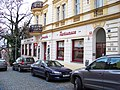 Šafaříkova 1, od Jana Masaryka, restaurace Zvonařka.jpg