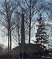 Братська могила радянських воїнів в селі Крути.jpg