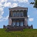 Дворец Бельведер над Озерковым парком. Вид на главный (восточный) фасад..jpg
