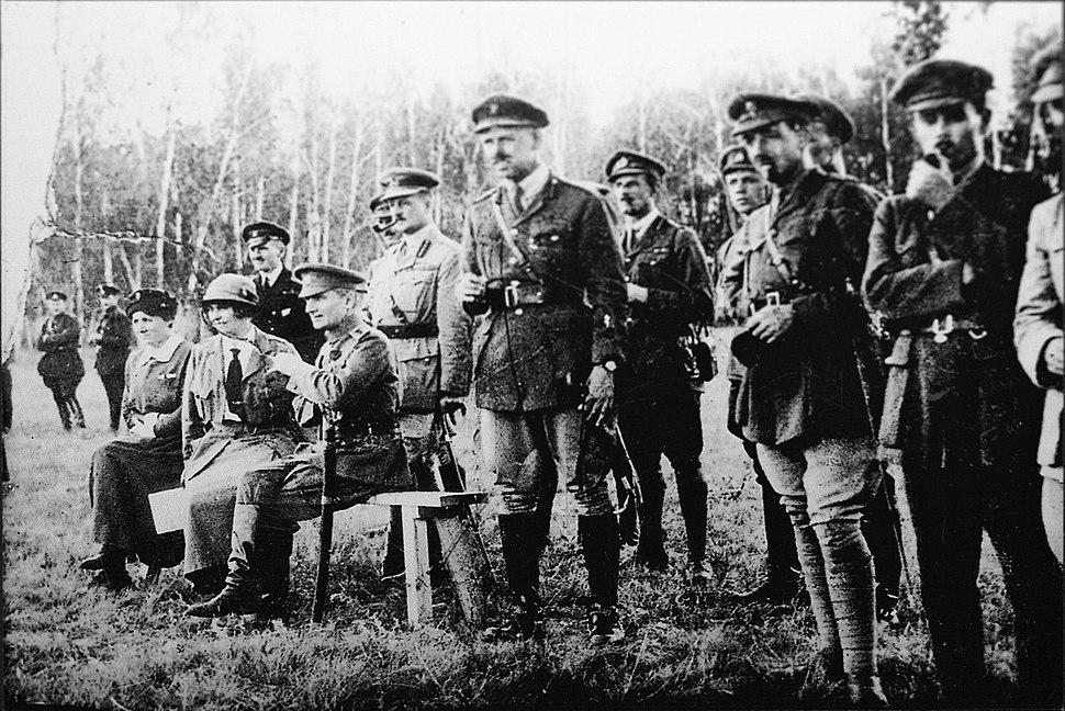 Колчак, Нокс и английские офицеры восточного фронта