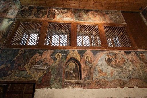 Несебыр Интерьер церкви Св Стефана Южная стена