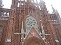 Римско-католический храм зимой. Готическая роза.jpg