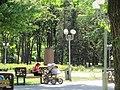 Сквер ім. Молодої гвардії в Луганську. Аллея..JPG