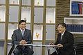 นายกรัฐมนตรีออกอากาศสดรายการเชื่อมั่นประเทศไทยกับนายกฯ - Flickr - Abhisit Vejjajiva (32).jpg