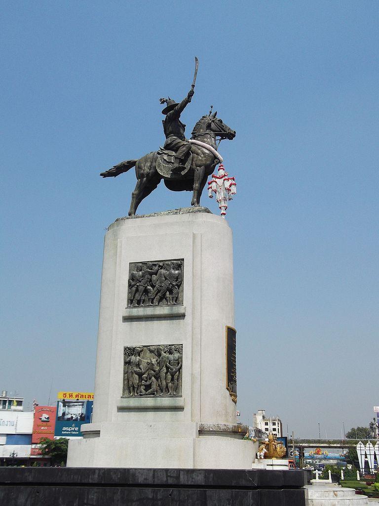 File:พระบรมราชานุสาวรีย์ สมเด็จพระเจ้าตากสินมหาราช เขตธนบุรี กรุงเทพมหานคร  (6).jpg - Wikimedia Commons