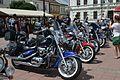 02016 123 Motorräder auf dem Sanoker Ringplatz.jpg