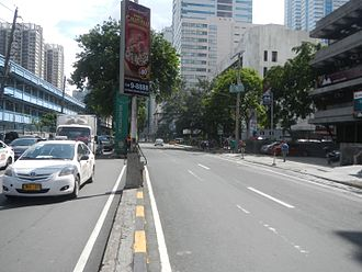 San Miguel Avenue - San Miguel Avenue in Ortigas Center looking north from Shaw Boulevard