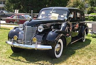 Cadillac Series 70 - Image: 1940 Cadillac Series 75 34