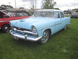 Una Plymouth Savoy berlina del 1956