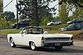 1962 Lincoln Continental Convertible (21895089609).jpg