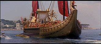 1963 Cleopatra trailer screenshot (69).jpg