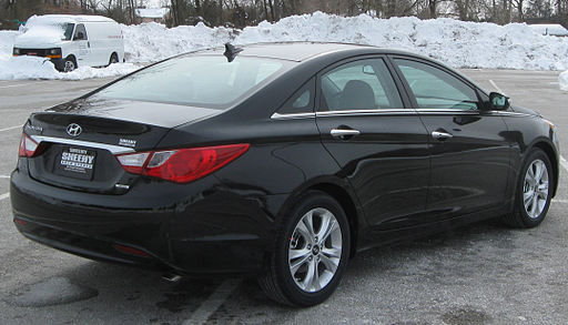 2011 Hyundai Sonata Limited rear -- 02-13-2010