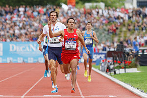 DécaNation - American Leonel Manzano winning the 800 metre event at the 2014 DécaNation