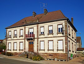 The town hall in Meurcourt