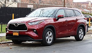 2020 Toyota Highlander LE AWD, front 12.12.20