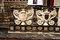 2426 - Milano - Sant'Antonio Abate - Balaustra e stemma Acerbo - Foto Giovanni Dall'Orto 20-May-2007.jpg