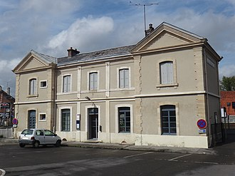 Ailly-sur-Somme - The railway station in Ailly