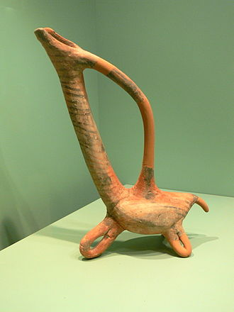 Kydonia - Early Minoan bird-shaped vessel (3000-2300 BC). Archaeological Museum of Chania (Kydonia)