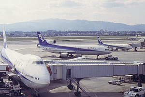 All Nippon Airways - Key ANA fleet types in the early 1990s: Boeing 747SR and Lockheed L-1011