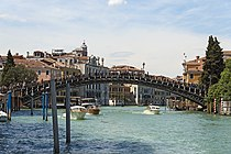 Accademia bridge in Venice (South East exposure).jpg