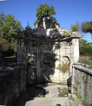Lungotevere dell'Acqua Acetosa - The spring of the  Acqua Acetosa, principal landmark of this lungotevere