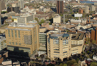 Yale–New Haven Hospital - Image: Aerial closeup YNHH 2010