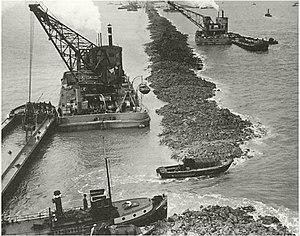 Zuiderzee Works - Construction of the Afsluitdijk