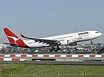 Airbus A330-201, Qantas AN0853697.jpg