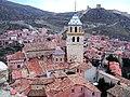 Albarracín - Catedaral y murallas.jpg